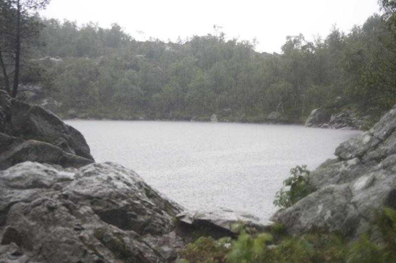 Tjødnane lake